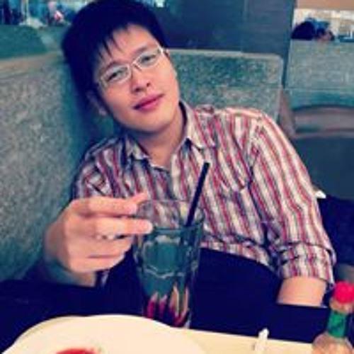 Tzuan Huang's avatar