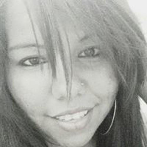 Keila Oliveira's avatar