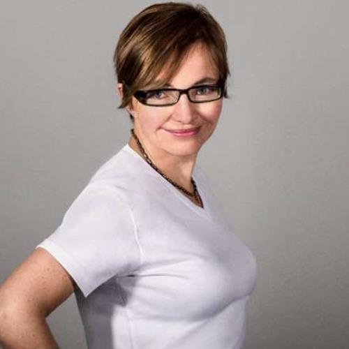 Clare Lydon's avatar