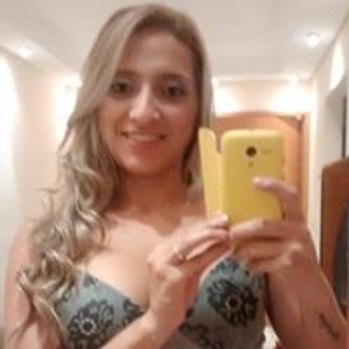 Kelli Campos's avatar