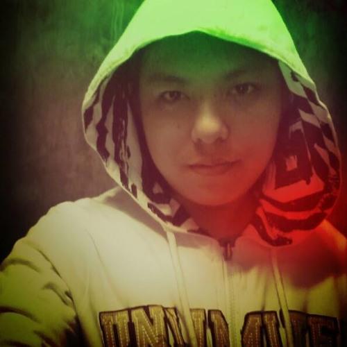 ☮ Donz Kie's avatar