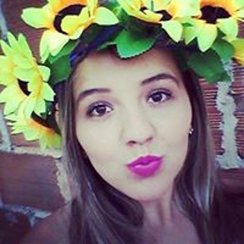 Renata Rodrigues's avatar