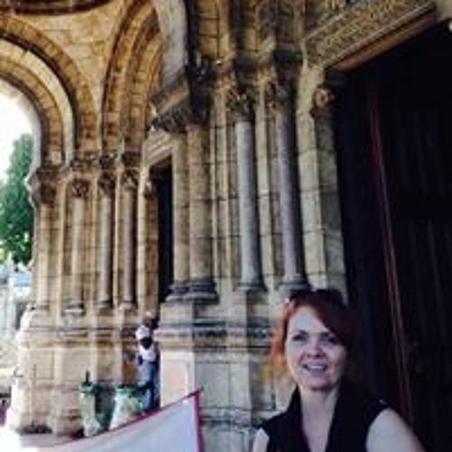 Lori Munns Maclean's avatar
