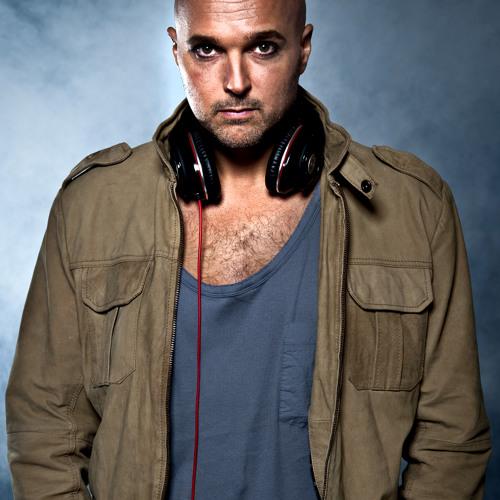 Vocal DJ Vincent Vilouca's avatar