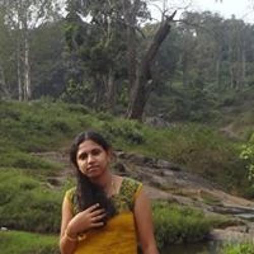 Dhanupriya Souresh Coumar's avatar
