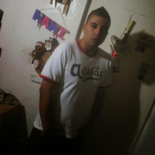 Luis Martínez's avatar