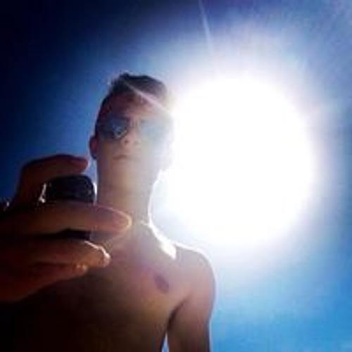 Charls Gonzalez's avatar