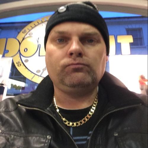 DJ TROYSTON's avatar
