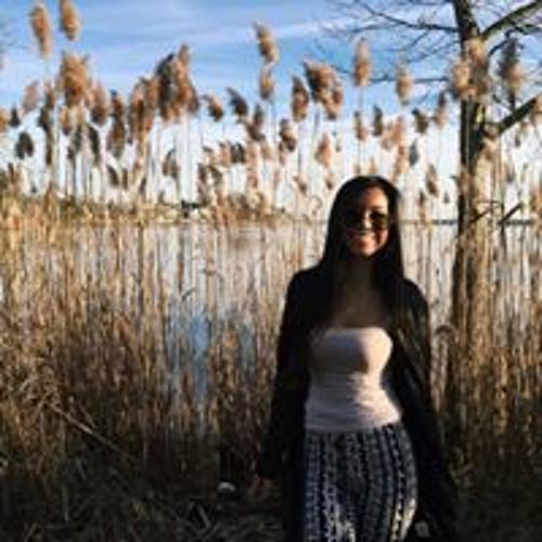 Rachel Anton's avatar