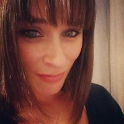 Jennifer Aquilina's avatar