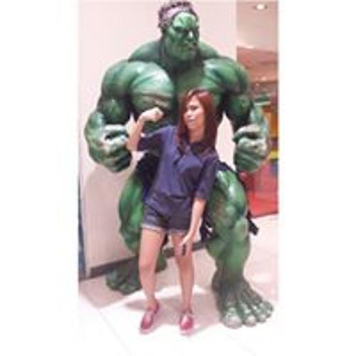 Yvette Oida's avatar