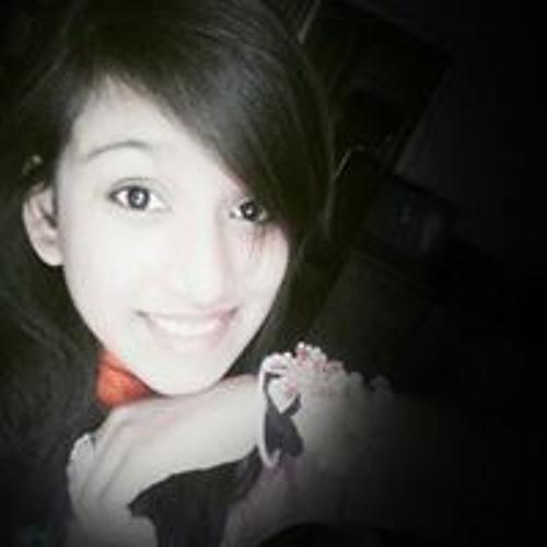 Aliza Zaheer's avatar