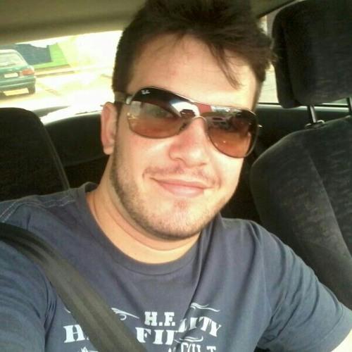 tomazeli's avatar