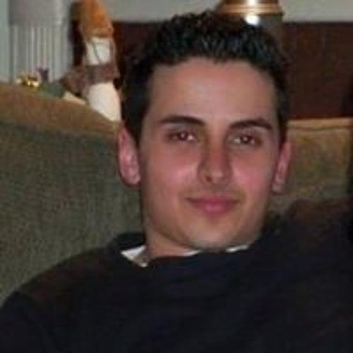 Aris Faizi's avatar