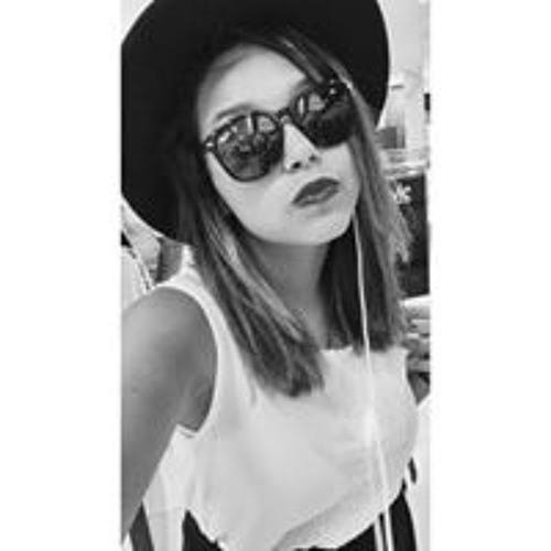 Suzana Beatriz's avatar