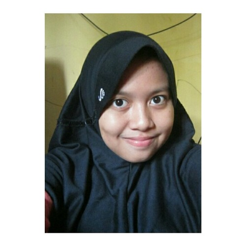 zulfa nabilah l's avatar