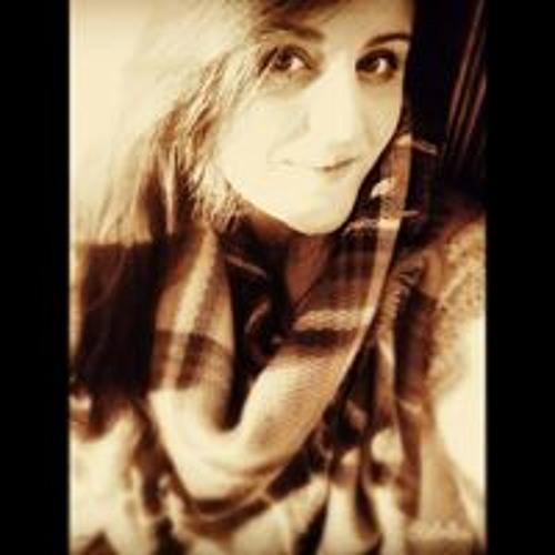Isabel Sanchez's avatar