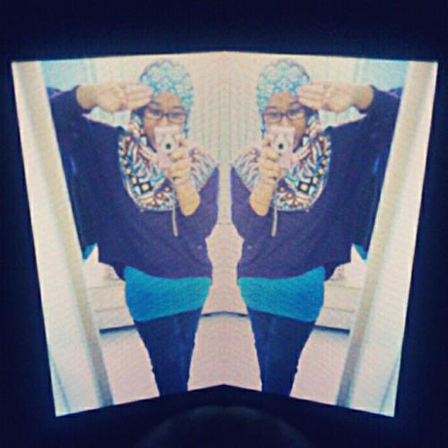 eana hola's avatar