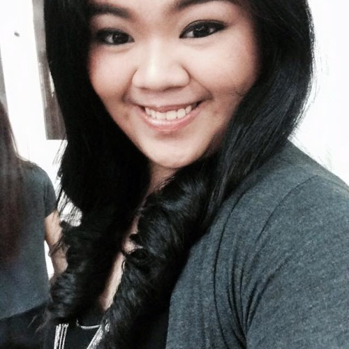 Charrie Lee's avatar