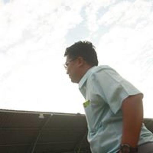 Wiriya Thongtem's avatar