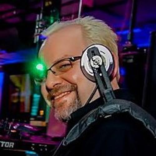 DJ Trent Von (Seattle,WA)'s avatar