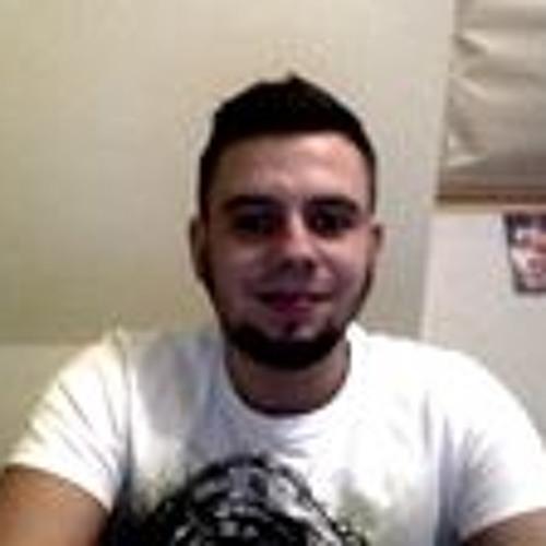 Ren Néé's avatar