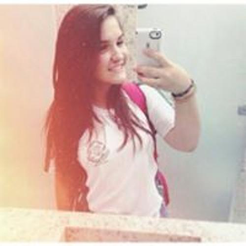 Layla Rezende's avatar