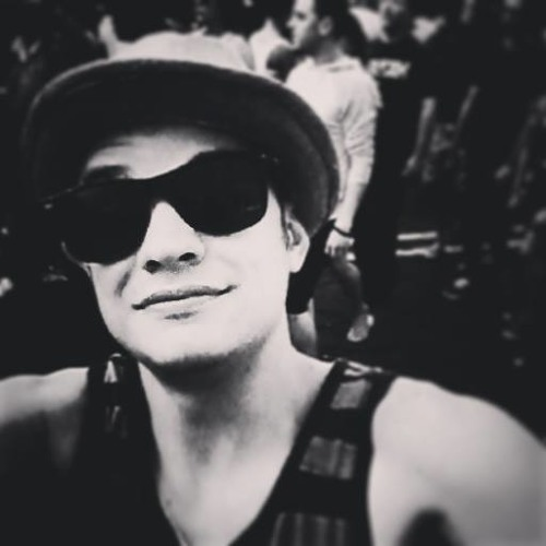 ΛDRIΛN  JΛMES's avatar