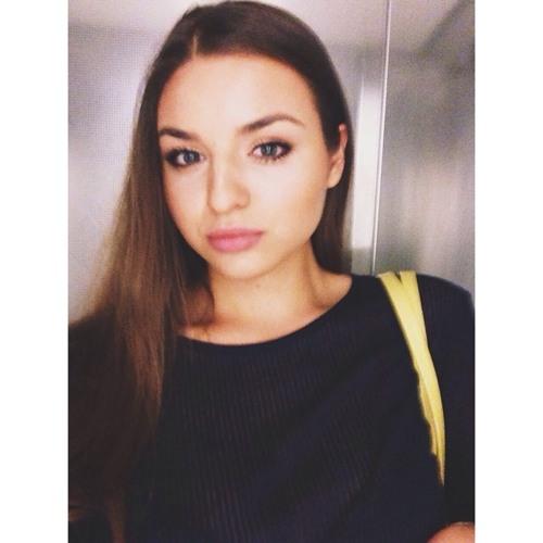 Anna Pozzi's avatar
