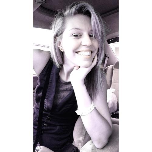 Amber Warren's avatar
