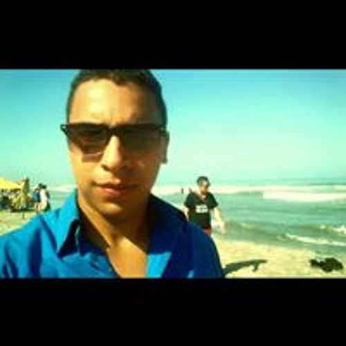 Carlos Torres M's avatar