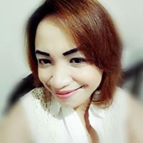Nora Olivia Emray's avatar