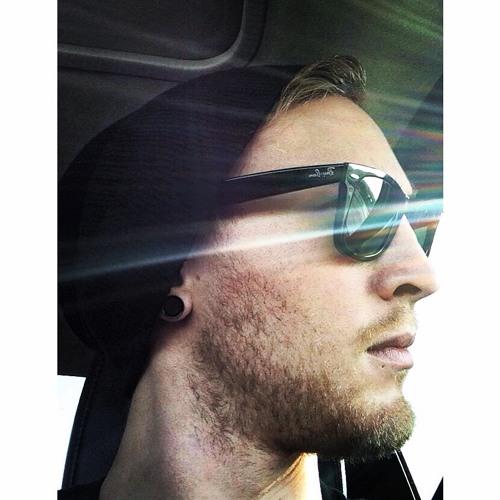 Danny Arbanas's avatar