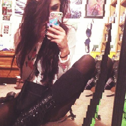 Kristen LCW's avatar
