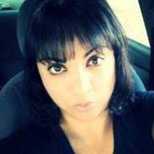 Michelle V. Candelas's avatar