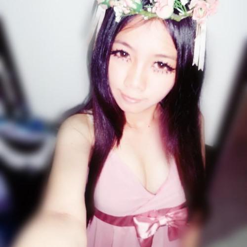 Vivian Lee Poh Yee's avatar