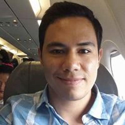 Eduardo H Vera's avatar