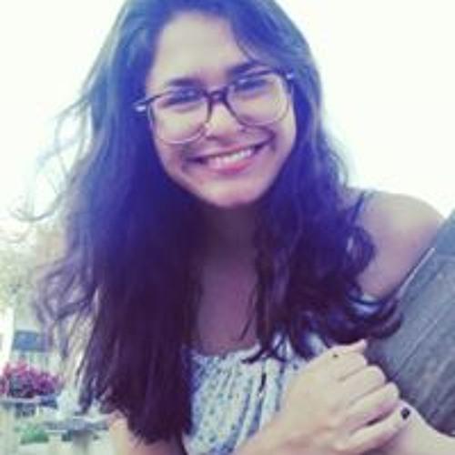 Larissa Paranhos's avatar
