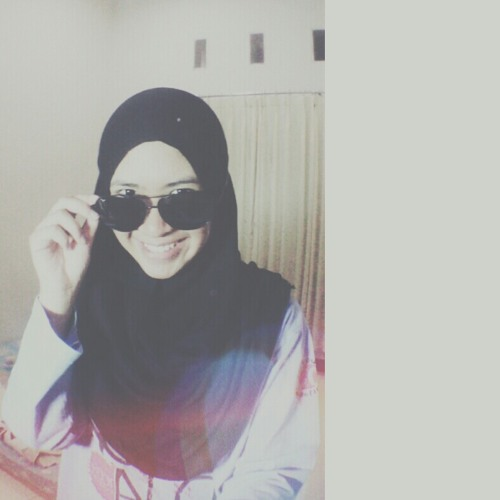 asyelia's avatar