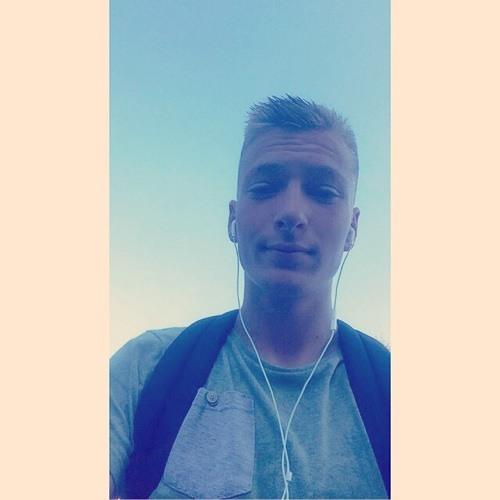Charly Kretz 1's avatar