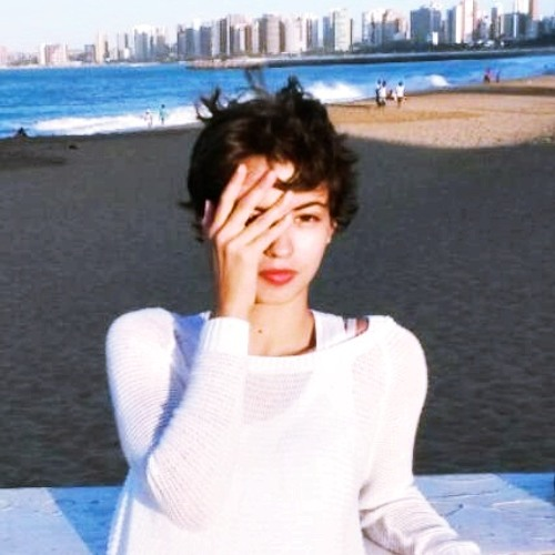 Nádia Camuça's avatar