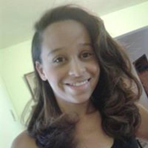 Michele Gomes's avatar