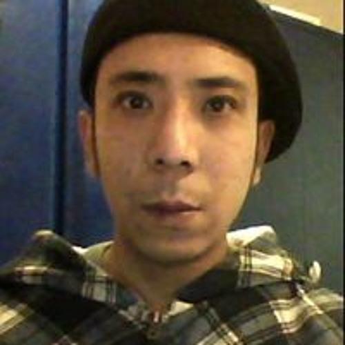 Sinjun Than's avatar