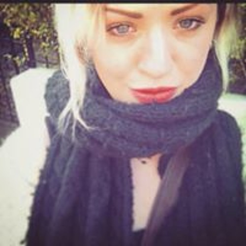 Isabella Louise's avatar