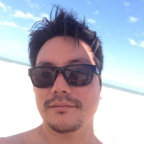 Arnaldo Tanaka's avatar