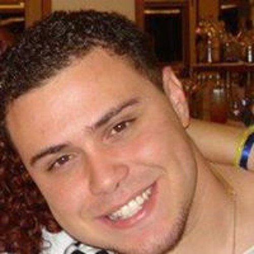 Raphael Machado's avatar