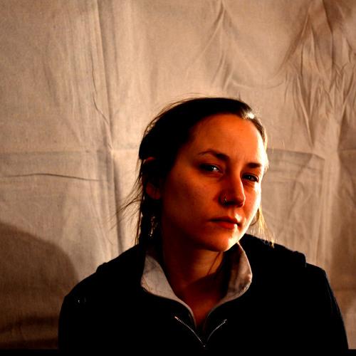 Nellie Eve's avatar