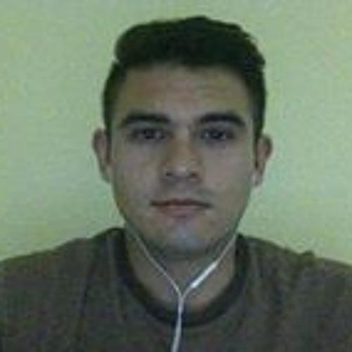 Carlos Salazar's avatar