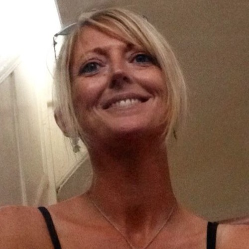 Lindsey L's avatar