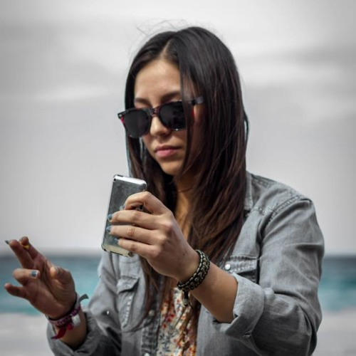 Daniela Martinez 20's avatar